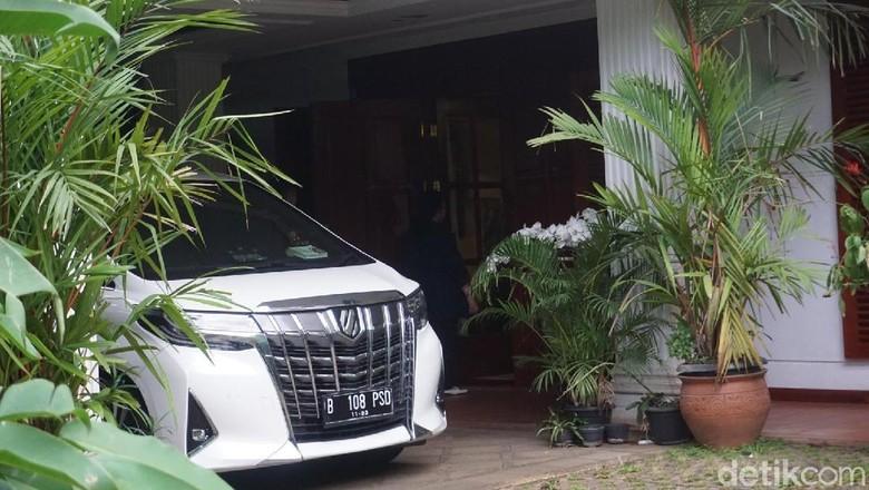 Titiek Soeharto Merapat ke Kediaman Prabowo Subianto di Kertanegara