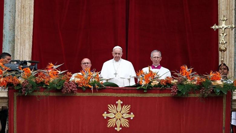 Paus Fransiskus Kutuk Serangan Bom di Gereja di Sri Lanka Saat Perayaan Paskah