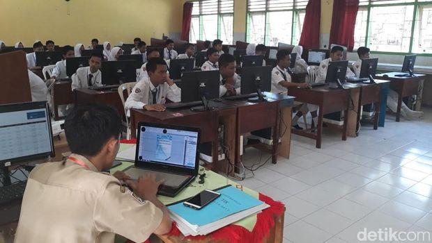 UNBK SMP di Malang/