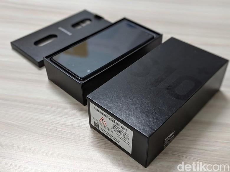 Kendati paling mahal, kotak kemasannya tidak berbeda dengan varian lainnya. Foto: Adi Fida Rahman/detikINET