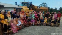 Potret Emansipasi Wanita di Sebuah Perusahaan Tambang Banyuwangi