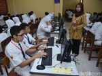 Siswa SMP dan SD di Surabaya Serentak UNBK dan USBN