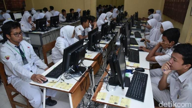 Siswa SMP di 13 Kabupaten di Sultra Belum Laksanakan UNBK