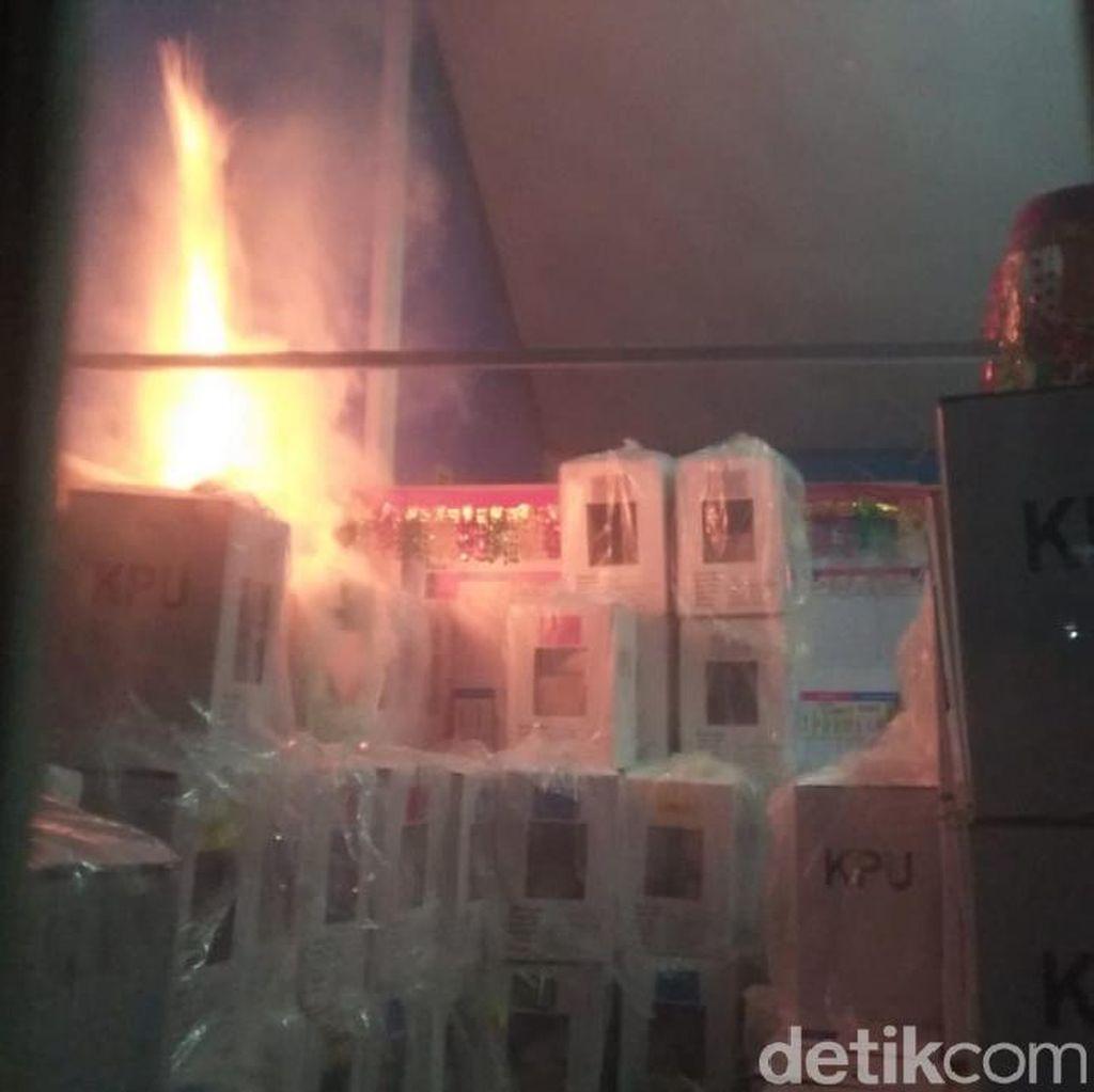 Gudang Kotak Suara di Sumbar Terbakar, KPU Pastikan Dokumen Pemilu Aman