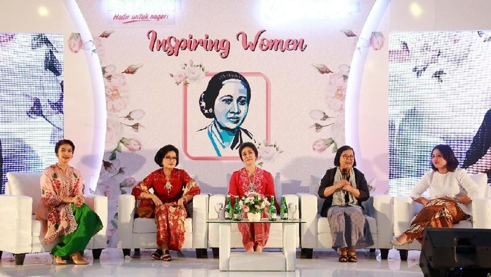 Dari kiri ke kanan: Maudy Koesnaedi, Direktur Human Capital BRI R. Sophia Alizsa, Direktur Konsumer BRI Handayani, Komisaris BRI Rofikoh Rokhim dan VP Corporate Communication BRI Alia Karenina dalam talkshow Inspiring Woman.