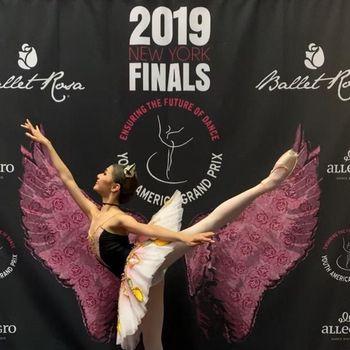 Balerina-balerina murid dari Marlupi Dance Academy kembali menjuarai peringkat 1 di kejuaraan American Grand Prix, New York.