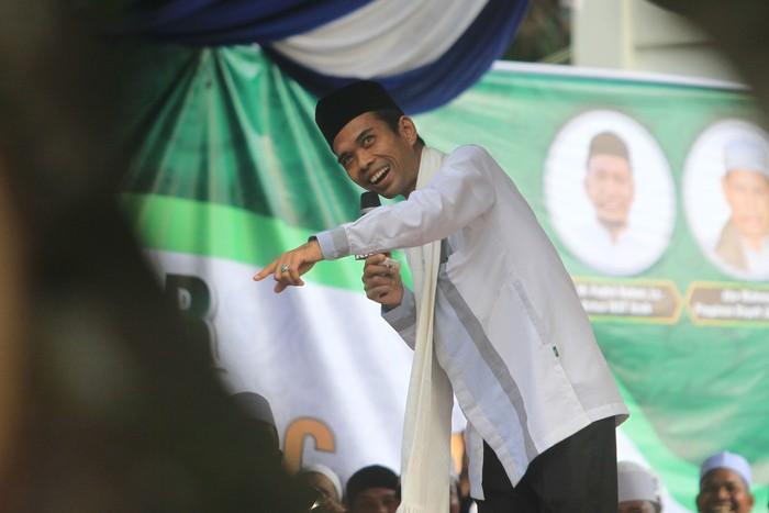 Ustaz Abdul Somad (Antara Foto/Syifa Yulinnas)