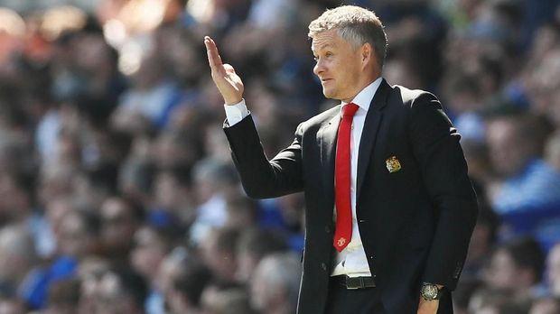 Solskjaer disebut jadi salah satu faktor keterpurukan Man United.