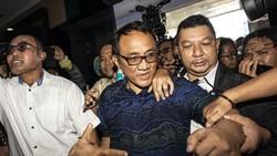 Demiz Gabung Partai Gelora, Andi Arief Sindir Gelanggang Orang Rapuh