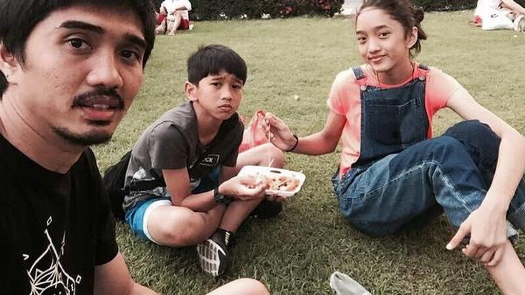 Momen Putri Duta Sheila On 7 Kulineran hingga Makanan Ekstrem di China