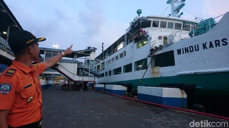 2 Kapal Senggolan di Merak, Penumpang Dievakuasi