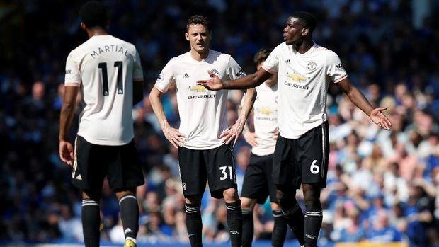 Maaf Man United, Kamu Terlihat Medioker