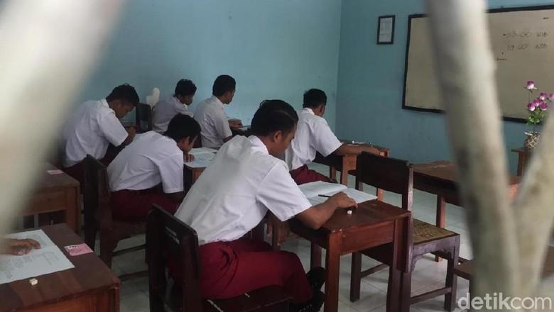 16 Anak Binaan Khusus Lapas Blitar Ikut Ujian SD