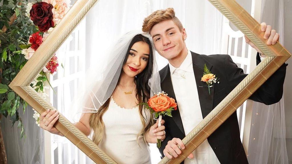 Potret Pasangan YouTuber 15 Tahun Dicaci-maki karena Palsukan Kehamilan