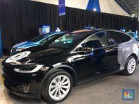 Pakai Mobil Listrik Tesla Byd Bos Blue Bird Ini Terobosan