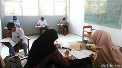 Napi Anak SD di Kutoarjo UN Pakai Seragam SMP dan SMA