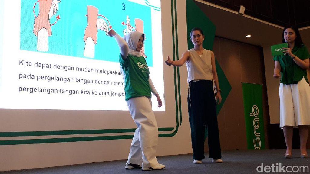 Grab dan Prisia Nasution Ajarkan Bela Diri ke 100 Mitra Perempuan