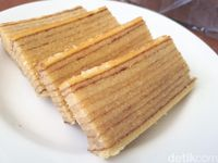 Moist: Ngemil Lapis Legit Homemade Enak Seharga Rp 45.000 per Loyang