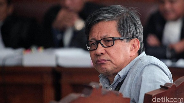 Rocky Gerung Jengkel, Ratna: Dia Tak Tahu yang Terjadi, Its Not About Integrity