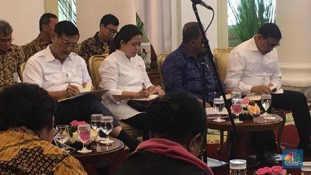 Pesan Jokowi ke Sri Mulyani: Kurangi Belanja Barang!