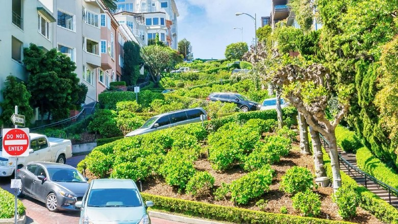 Lombard Street di Kota San Francisco, AS (iStock)
