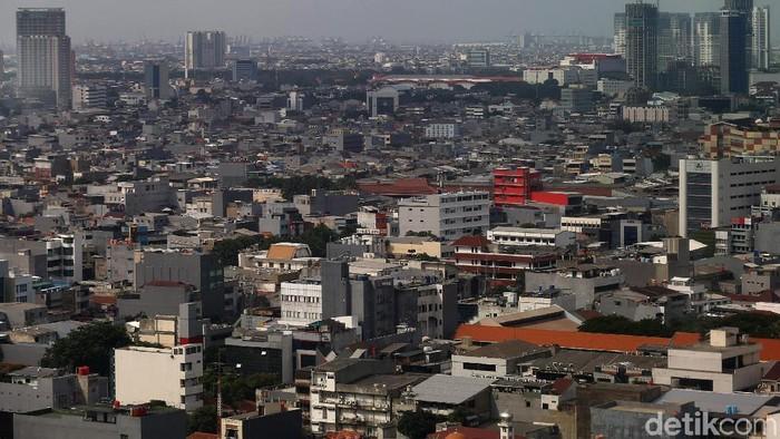 Pemerintah Provinsi DKI Jakarta merevisi pembebasan Pajak Bumi dan Bangunan untuk Nilai Jual Objek Pajak (NJOP) di bawah Rp 1 miliar.