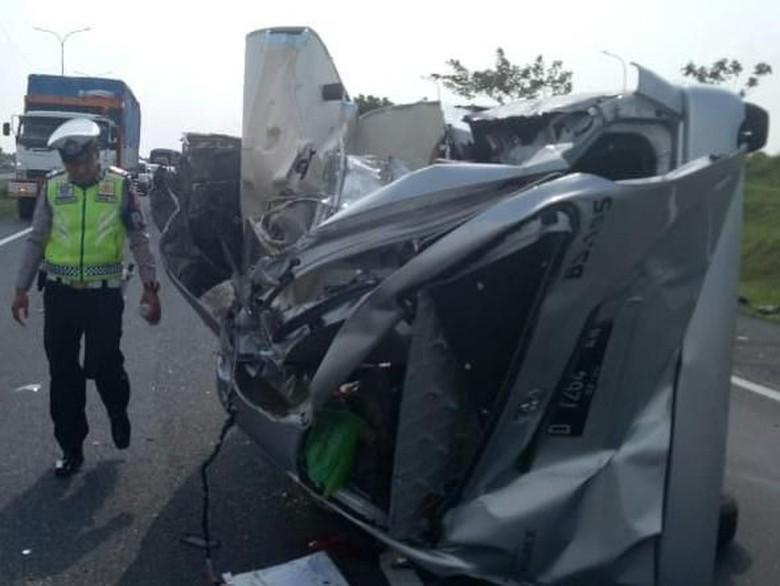 3 Mobil Tabrakan di Tol Cipali, 4 Orang Tewas
