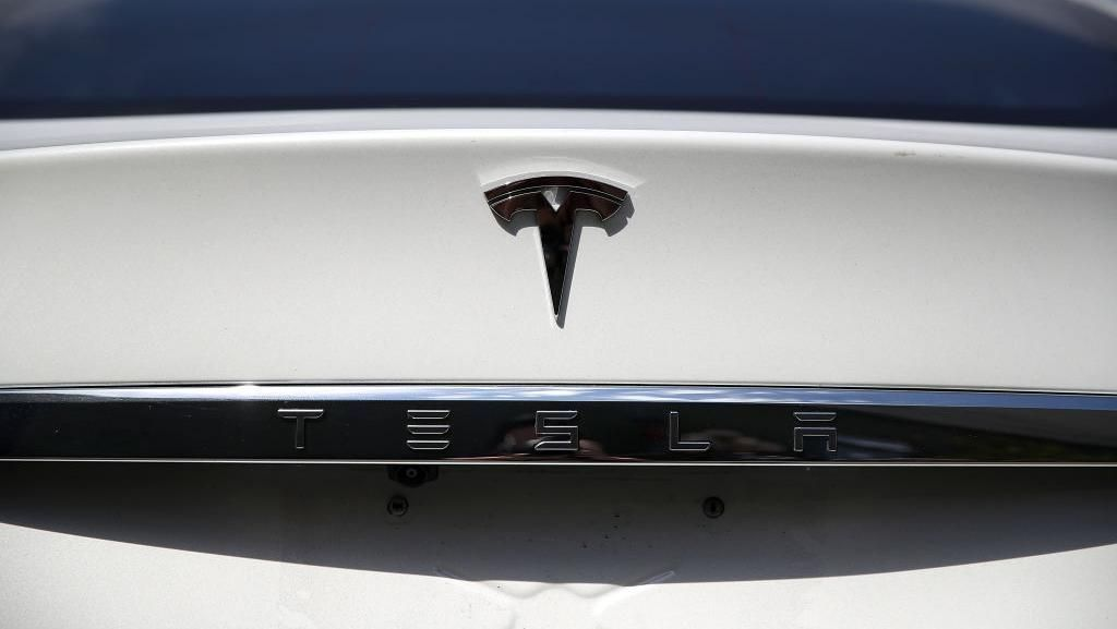 Nilai Saham Tesla Kalahkan Toyota