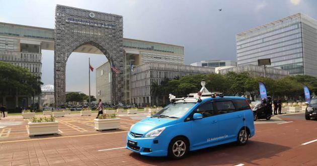 Malaysia Uji Mobil Otonom