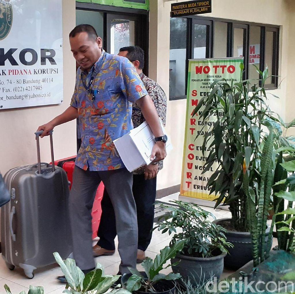 KPK Limpahkan Berkas Kasus Bupati Cianjur Peras Kepsek