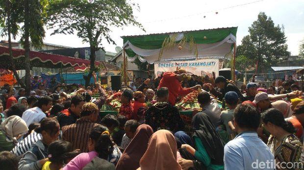 Garebek Pasar Karangjati, Kabupaten Semarang.