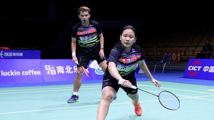 Rinov Rivaldy/Phita Haningtyas Mentari ketika tampil di babak pertama Kejuaraan Bulutangkis Asia 2019.  (dok. Humas PBSI)