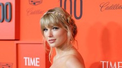 Ibunda Taylor Swift Alami Tumor Otak, Kenali Gejalanya