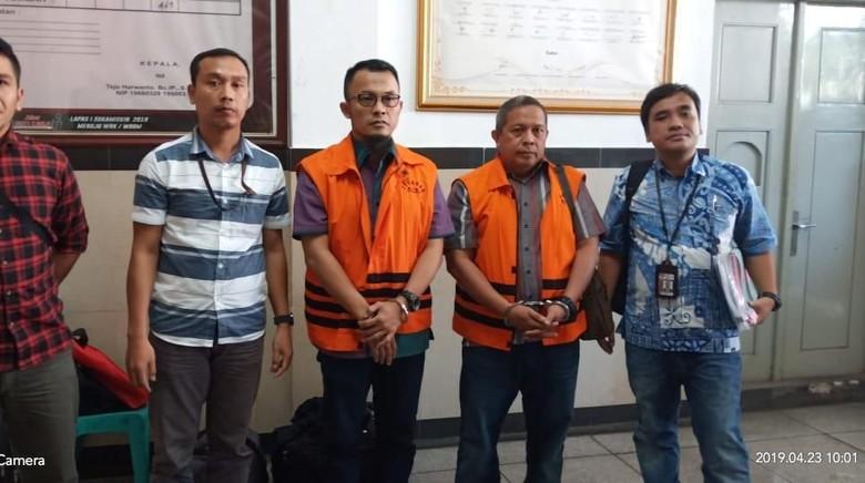 KPK Eksekusi 2 Terpidana Suap Bupati Lampung Selatan ke Lapas Sukamiskin