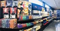 Di sini juga ada beberapa toko dengan beragam pernak-pernik berbau Naruto yang bisa kamu kunjungi. (Nijigen no Mori/Facebook/Twitter)