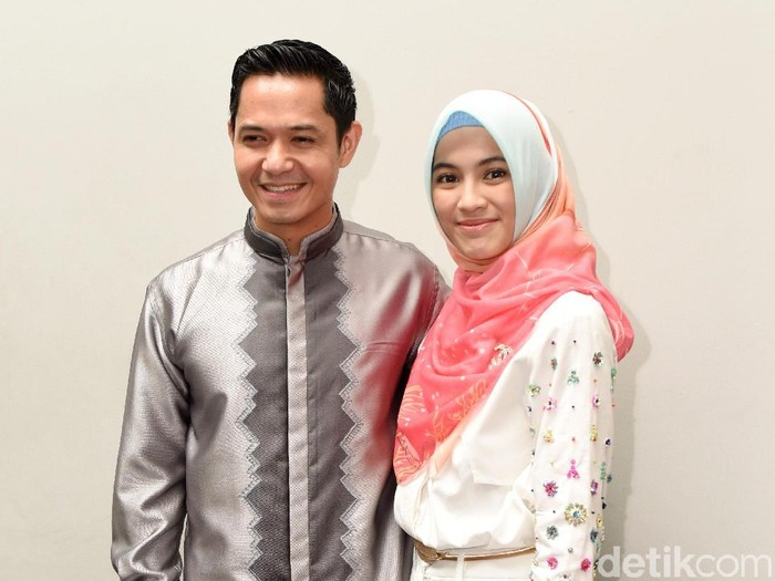 Dude Herlino dan Alyssa Soebandono saat ditemui di kawasan Senayan.
