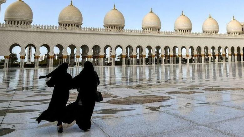 Perempuan Uni Emirat Arab bangun setelah koma selama 27 tahun