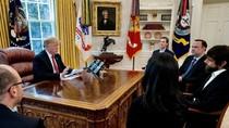 Kehilangan Banyak Follower, Trump Protes Bos Twitter