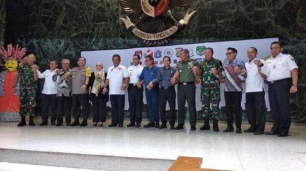 Gubernur DKI Jakarta Anies Baswedan melaksanakan silaturahmi bersama Forum Koordinasi Pimpinan Daerah (Forkopimda).