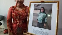 Indri Tak Malu Jadi Driver Ojol Meski Kuliah S-2