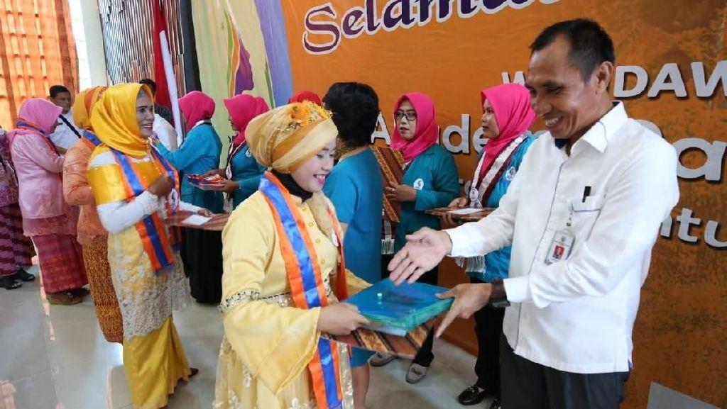 Dorong Ekonomi Desa, Kemendes Perkuat Pemberdayaan Perempuan
