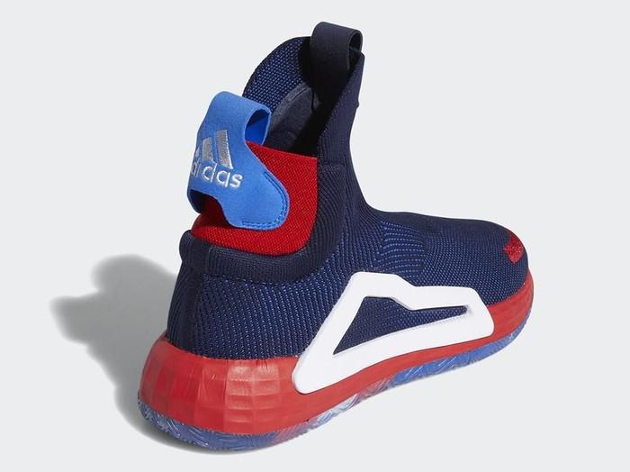 Sneakers Avengers Captain America dari Adidas. Foto: Dok. Adidas