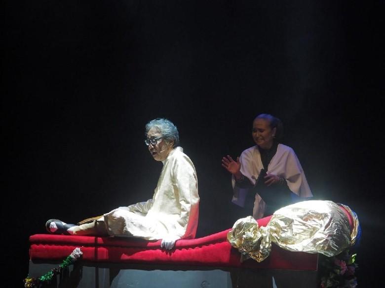 Pentas Para Pensiunan 2049 Jadi Perayaan 36 Tahun Teater Gandrik