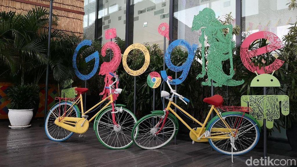 Google Punya Laman Khusus COVID-19, Yuk Dicoba!
