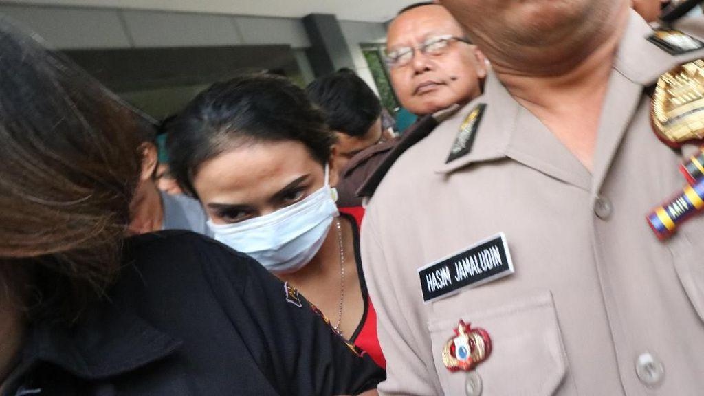 Sidang Perdana, Vanessa Angel Didakwa Sebar Konten Asusila Terkait Prostitusi