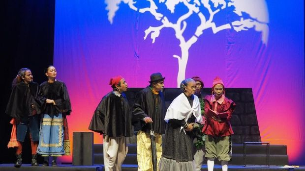 Pentas 'Para Pensiunan 2049' Jadi Perayaan 36 Tahun Teater Gandrik