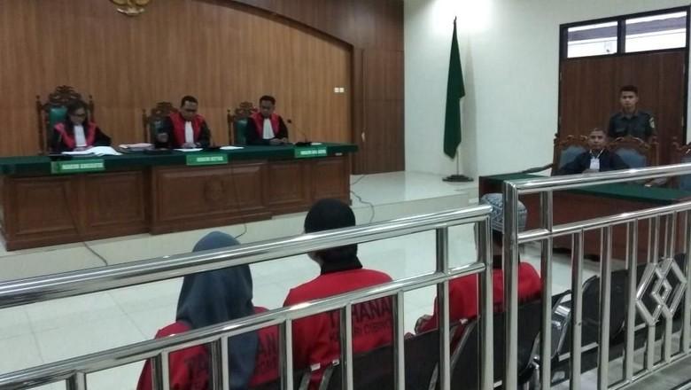 Suami-Istri Terdakwa Pembunuh Dufi Divonis Hukuman Mati