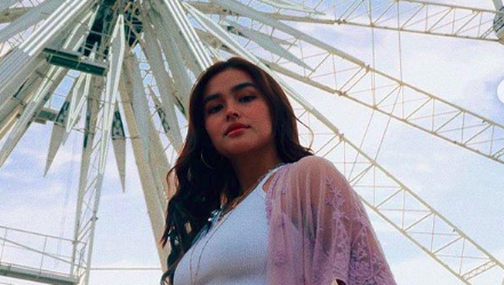 Foto: Gaya Liburan Artis Tercantik di Dunia, Liza Soberano