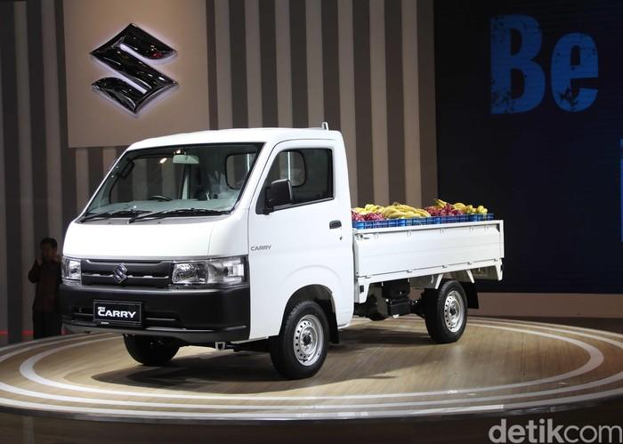 New Carry Pickup untuk Jakarta dibanderol bervariasi mulai dari Rp 135.600.000 untuk tipe FD, Rp 144.100.000 tipe FD AC/PS, Rp 136.600.000 tipe WD, dan Rp 146.100.000 tipe WD AC/PS.