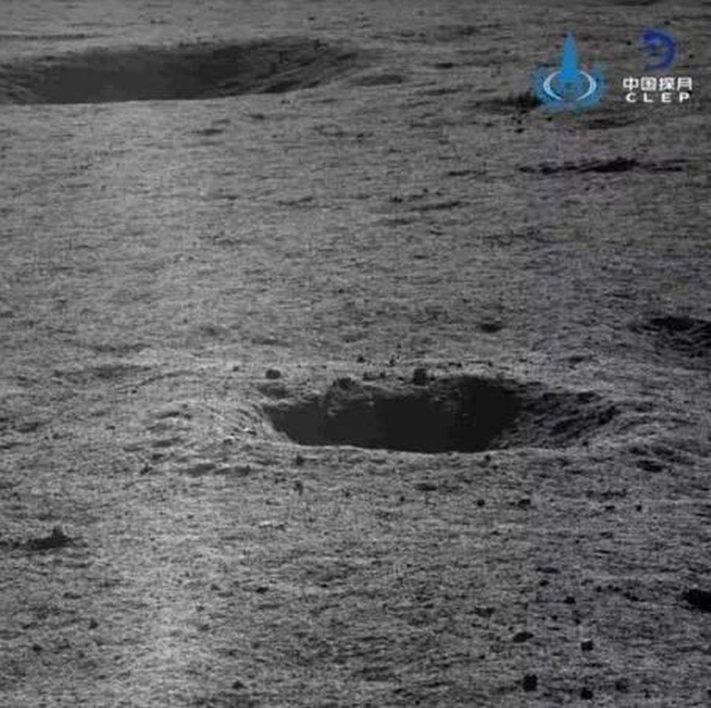 China Kembali Pamer Fotografi Sisi Misterius Bulan